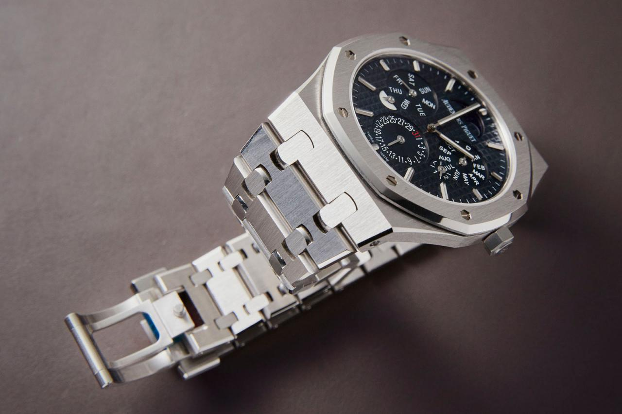 Audemars Piguet Royal Oak RD#2 Perpetual 3